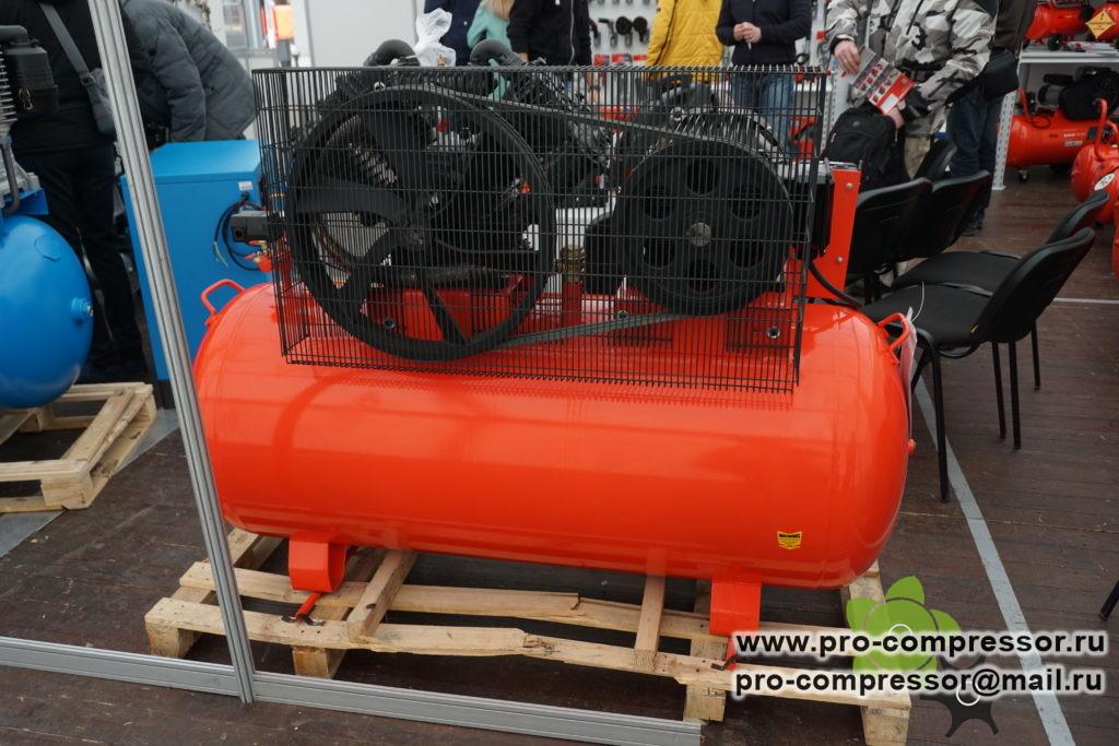 Компрессор 1000 л/мин