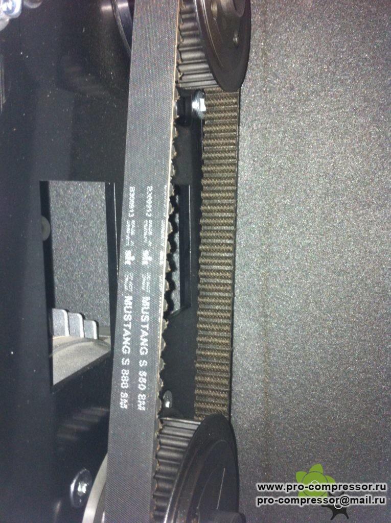 Ремень зубчатый Mustang S 880 8M